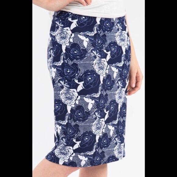 Agnes & Dora Dresses & Skirts - NWT Agnes & Dora Blue Floral Pencil Skirt SZ 3X